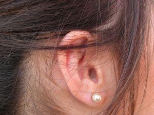 1222929_ear