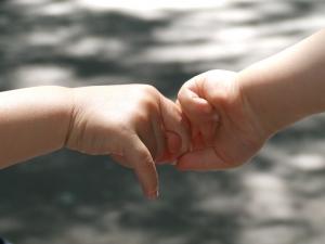 1391967_baby_hands