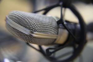 microphone-1428971-m